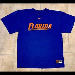 Florida Gators Football NIKE T-shirt. Size Large.